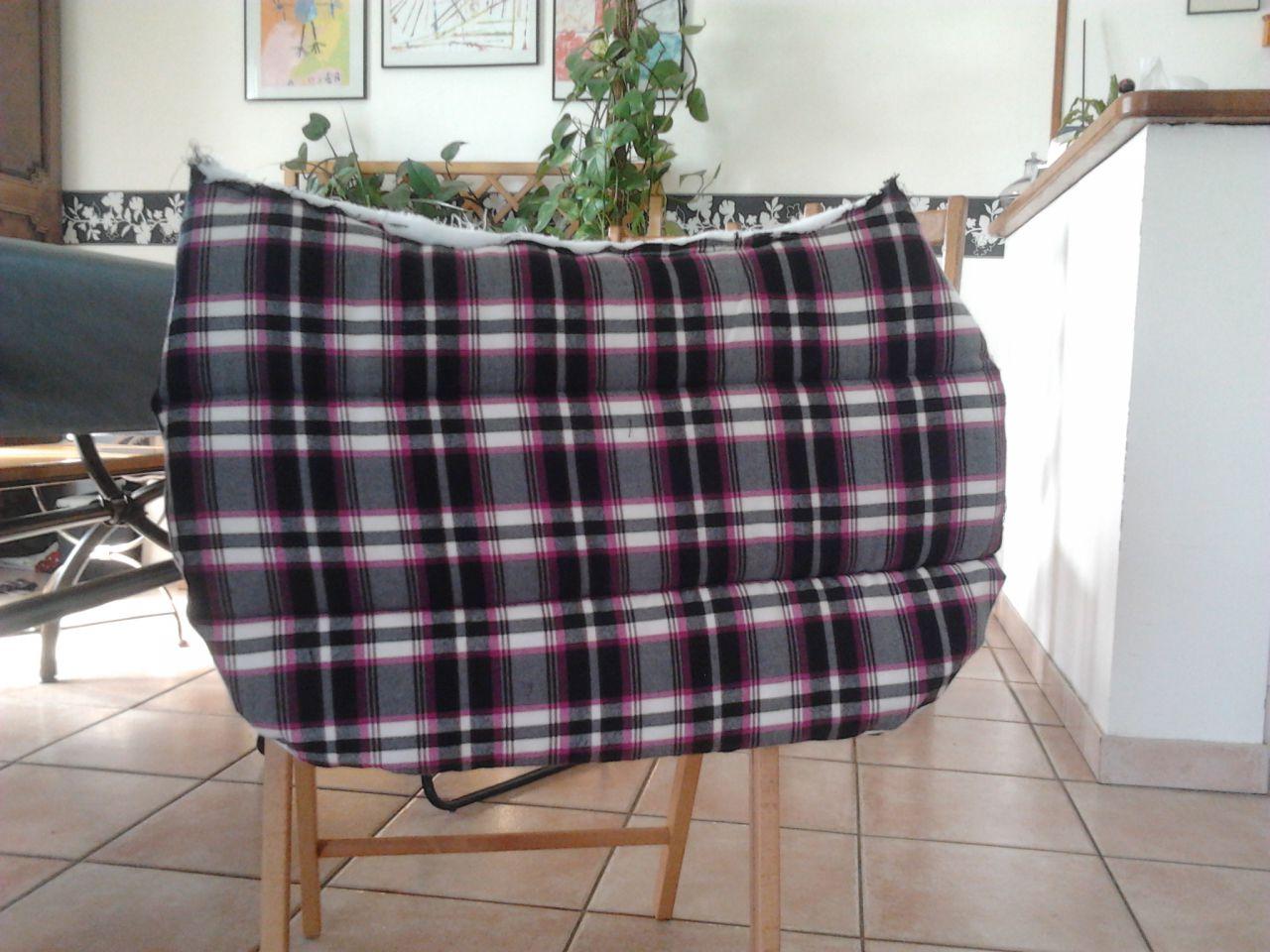 fabrication d 39 un tapis de selle en photos page 1. Black Bedroom Furniture Sets. Home Design Ideas