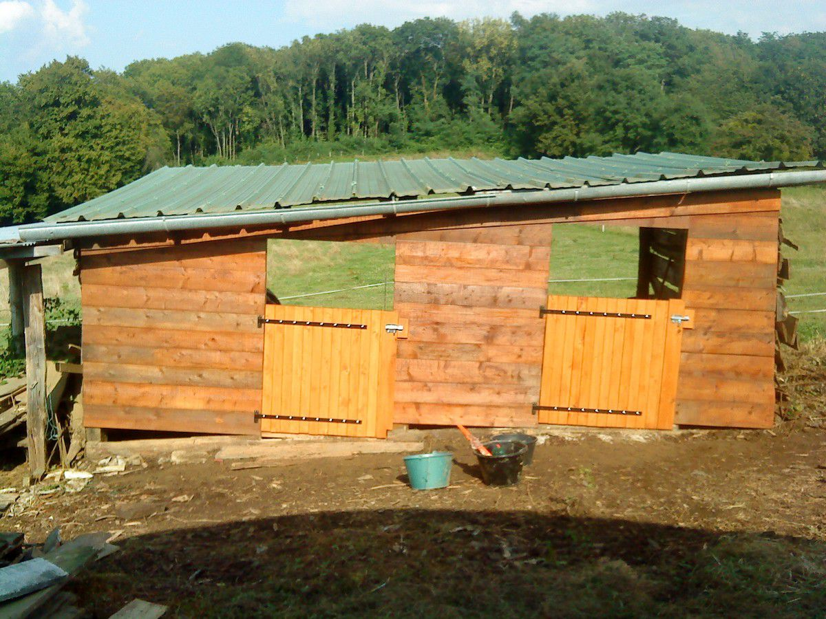 Fabriquer r parer une porte de box 1 forum cheval for Fabriquer une porte en bois de jardin