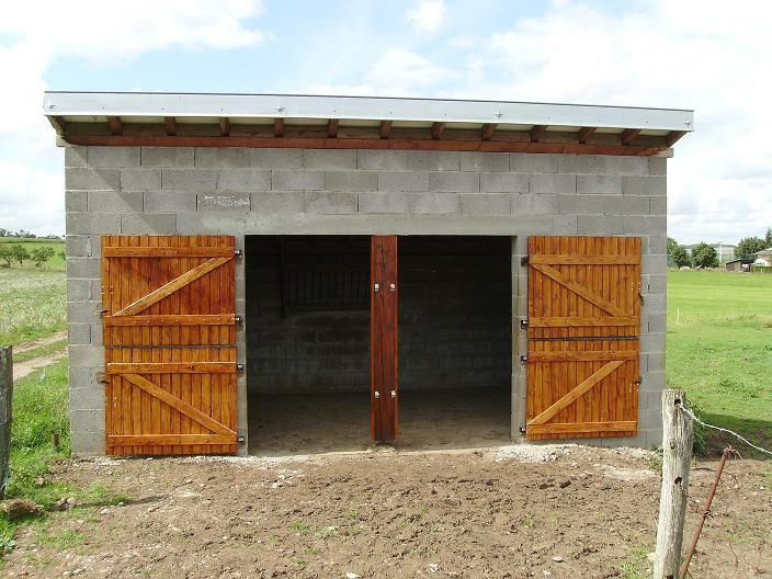 Terre de cheval mes portes de boxe for Construire une porte