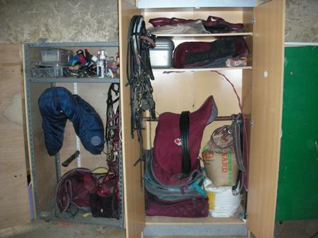 construction armoire sur mesure 1 forum cheval. Black Bedroom Furniture Sets. Home Design Ideas