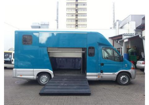 Renault Master 2.5 DCI 2 chevaux 120 ch
