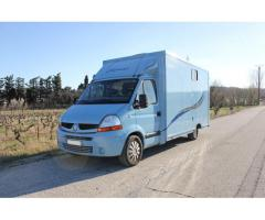 CAMION VL 2 CHEVAUX RENAULT MASTER 120 CV