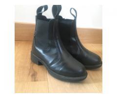 boots enfant noires taille 28