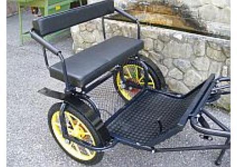 Tilbury (2 roues) noir pour poney B (130 cm au garrot )