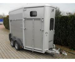 VAN IFOR WILLIAMS HB 506 2 CHEVAUX MODEL 2015