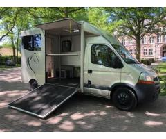 Camion 2 Chevaux Renault Master 120 Dci