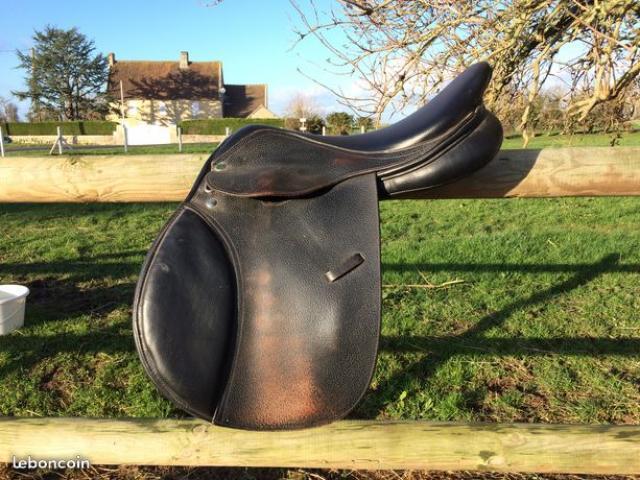 Selle Equip'Horse cuir noir 17''