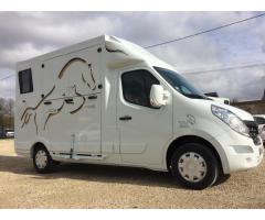 camion transport chevaux L2 occasion A SAISIR