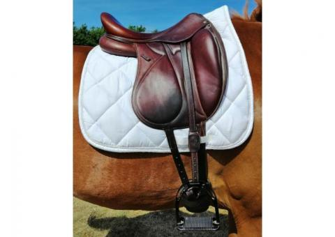 Selle de dressage Devoucoux Makila