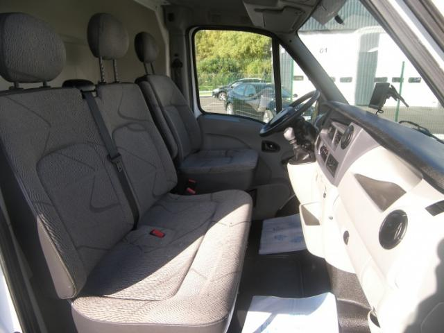 Camion chevaux Renault Master DCI 150 cv