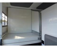 Camion chevaux Renault Master DCI 150 cv  à 4550€
