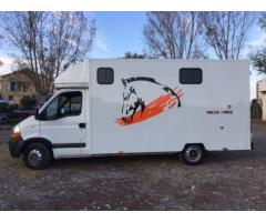 Camion VL Renault Master 2 places chevaux