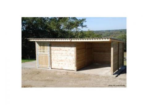 Combiné abri 3x3m + boxe 3x3m pour chevaux : 2190 euros TTC