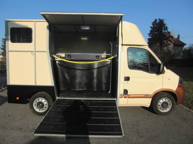 camion renault master 2 places chalon sur sa ne. Black Bedroom Furniture Sets. Home Design Ideas