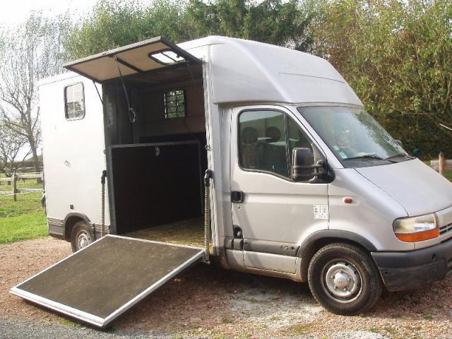 camion renault master limeil br vannes. Black Bedroom Furniture Sets. Home Design Ideas